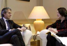 (Bruselas presiona a España) Violeta Bulc, durante su reunión con el ministro de Fomento