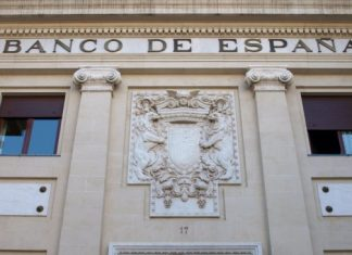 Ciudadanos exigen al gobiernos leyes que obliguen al Banco de España a ser más comprometido y responsable