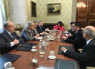 España y Venezuela acuerdan reconstruir lazos luego de una disputa diplomática de varios meses