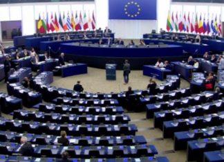 Los conservadores europeos se movilizan para aislar el caso de Puigdemont