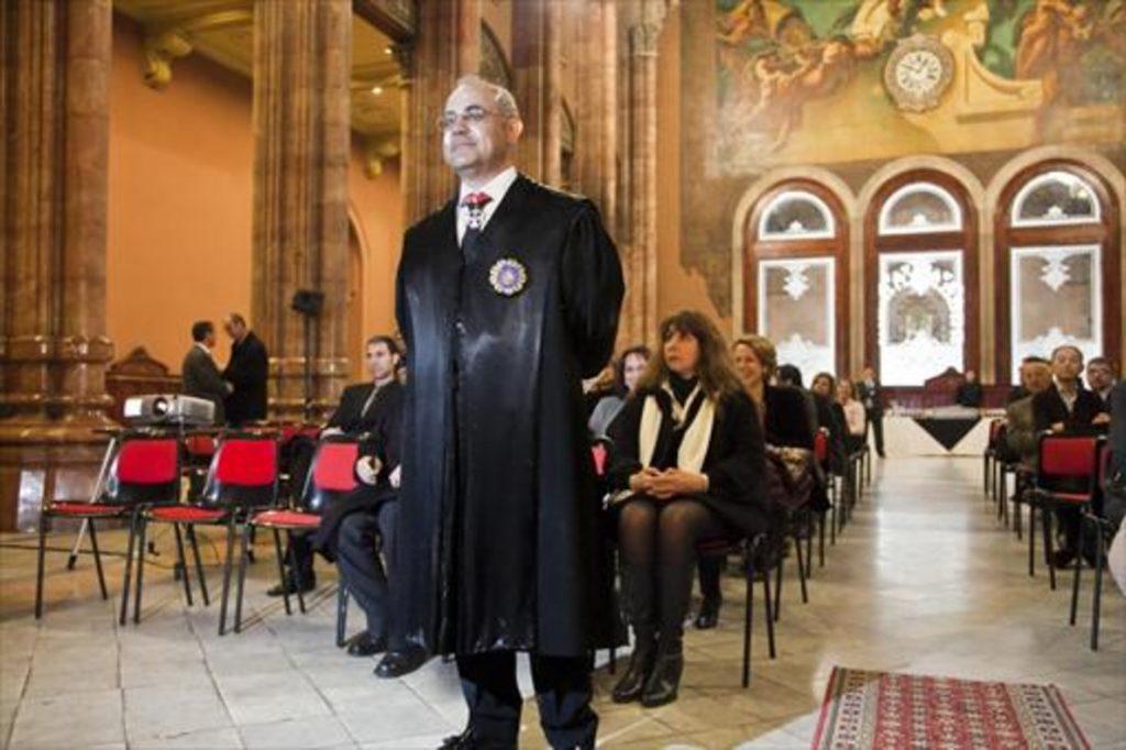 Magistrado Llarena acuerda suspensión de Puigdemont y 5 diputados procesados por rebelión