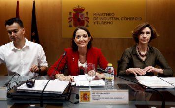 El gobierno revisará la normativa en viviendas turísticas