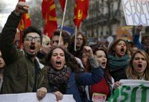 Francia vive paros en el transporte y huelgas contra la reforma laboral