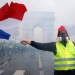 Macron llama a la calma
