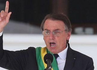 Bolsonaro en su discurso en el Palacio del Planalto