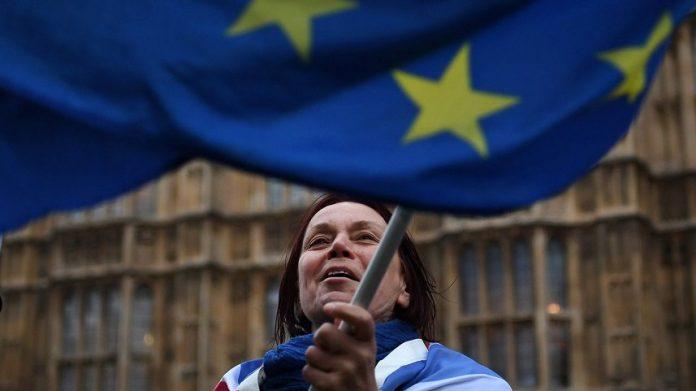 Theresa May podría renunciar a nueva votación
