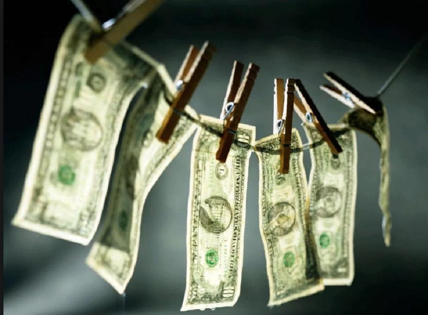 Policía Española desarticula red internacional de lavado de dinero