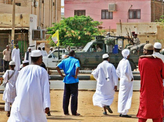 Represión a protestas en Sudán deja 60 muertos