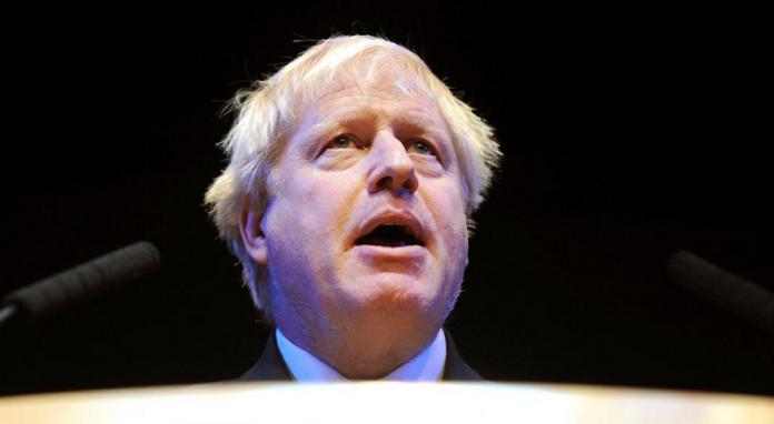 Boris Johnson saca amplia ventaja para suceder a May en primera ronda