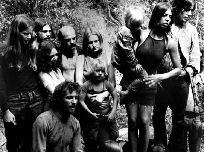 50 años de obsesión con los asesinatos de la familia Manson