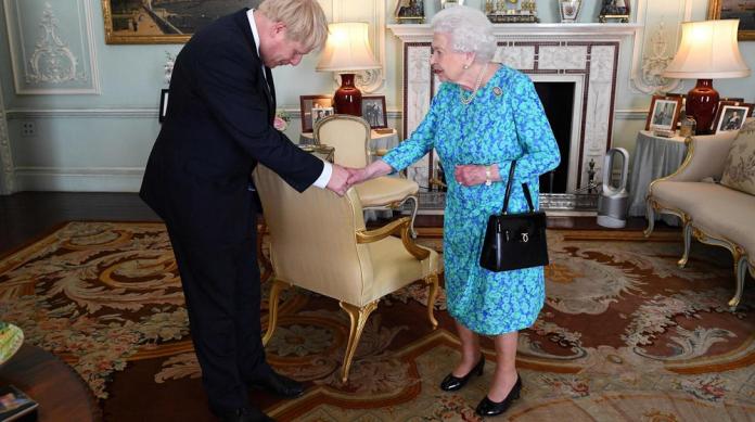 Brexit: Johnson pedirá a la Reina que suspenda el parlamento