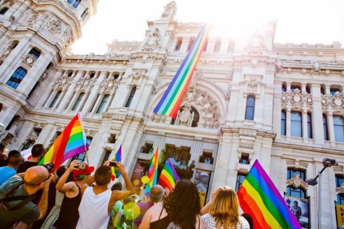 multa por la homofobia para respetar los derechos de la comunidad lgbt