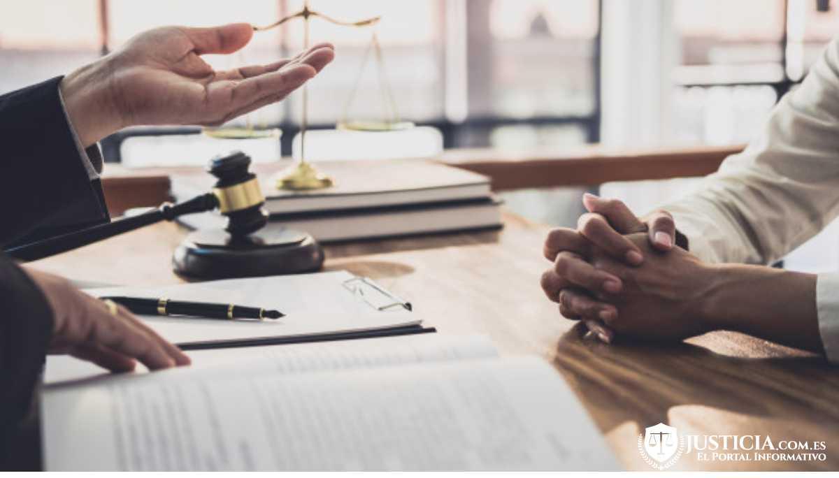 contratar un notario especialista en herencias